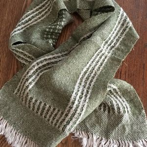 Other - Men's Vintage Handwoven Soft Wool Green Scarf